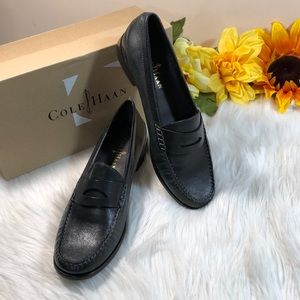Cole Haan LAUREL Leather Closed Toe Loafer 7.5